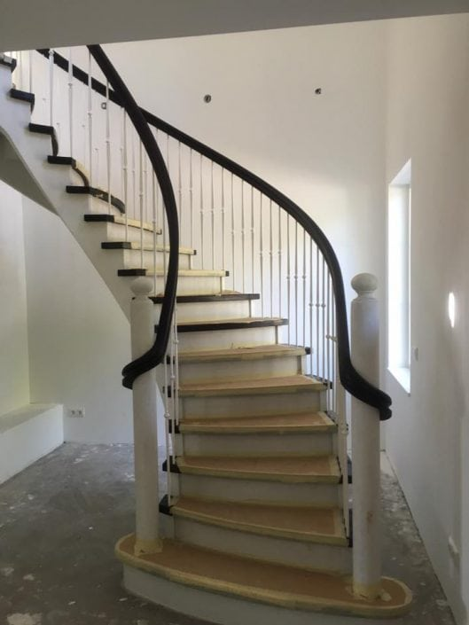 Luxe gebogen trap